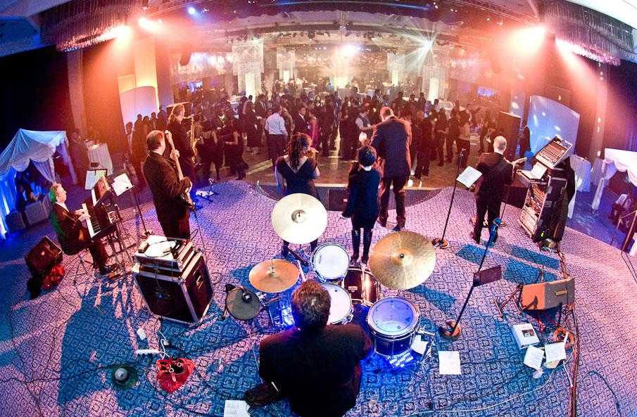 live band and dj dj
